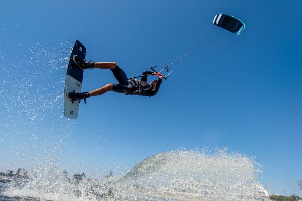 que es el kitesurf