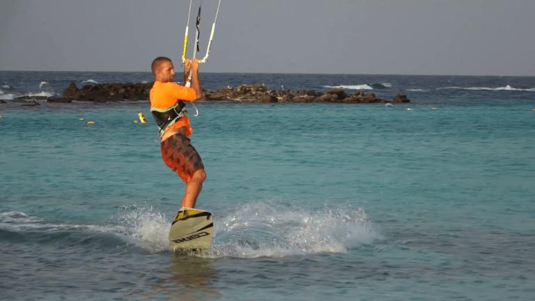 despegue salto kitesurf