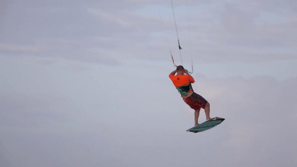 kite saltos airtime